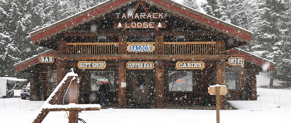 tamarack-lodge-in-the-snow